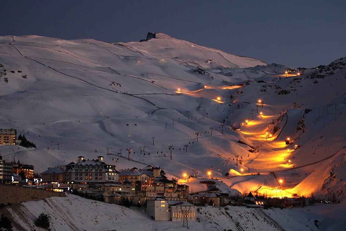 Sierra Nevada apuesta también por el esquí de sensaciones