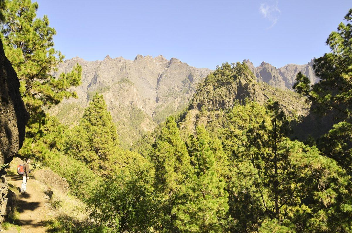 Visitamos los 6 Parques Nacionales de nuestras islas.