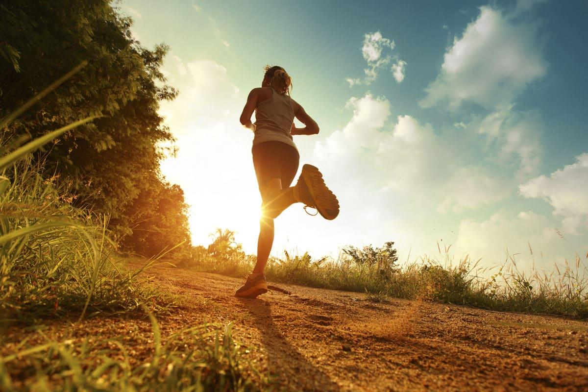 Entrenamiento para ganar velocidad corriendo.