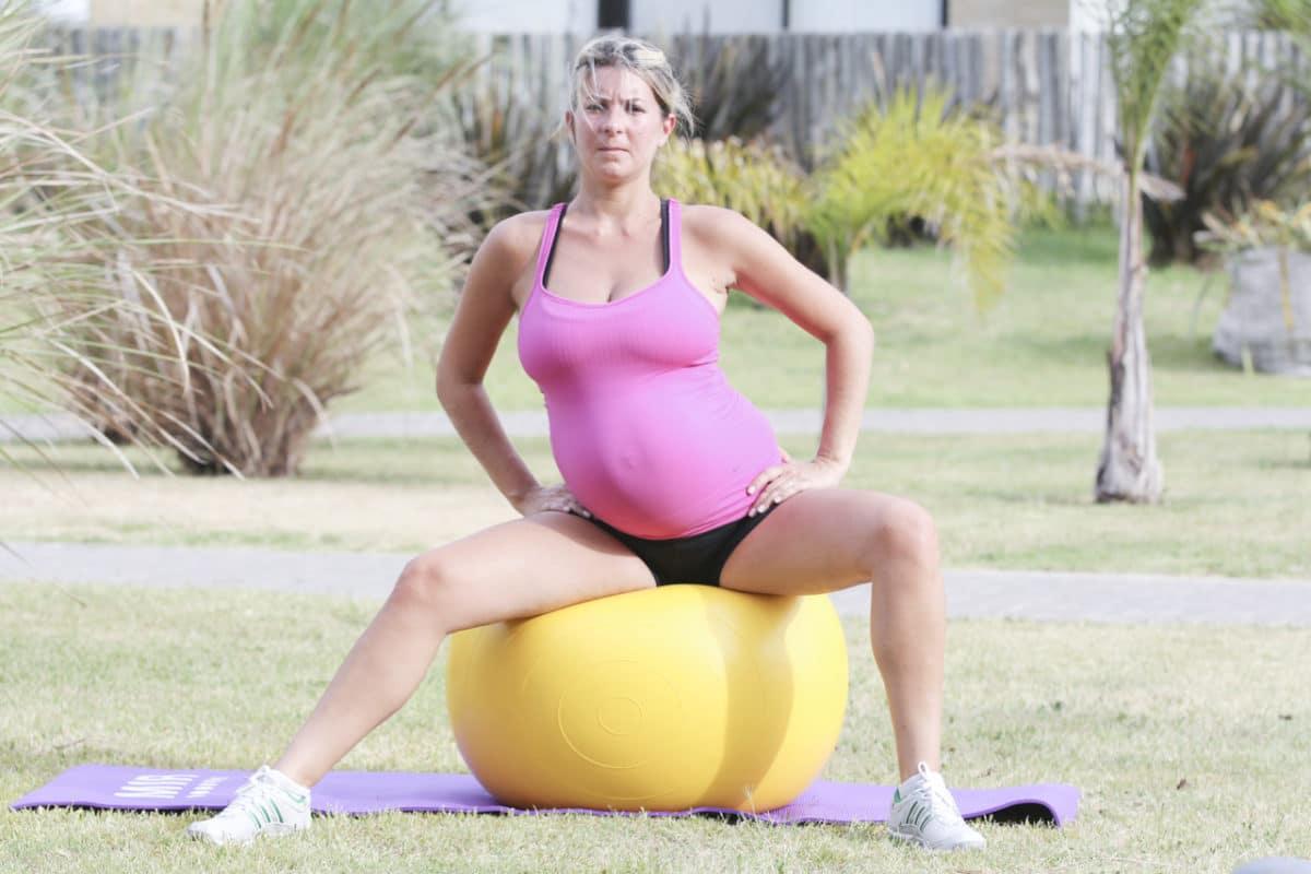 Actividad física y buena postura, aliadas en la lactancia materna