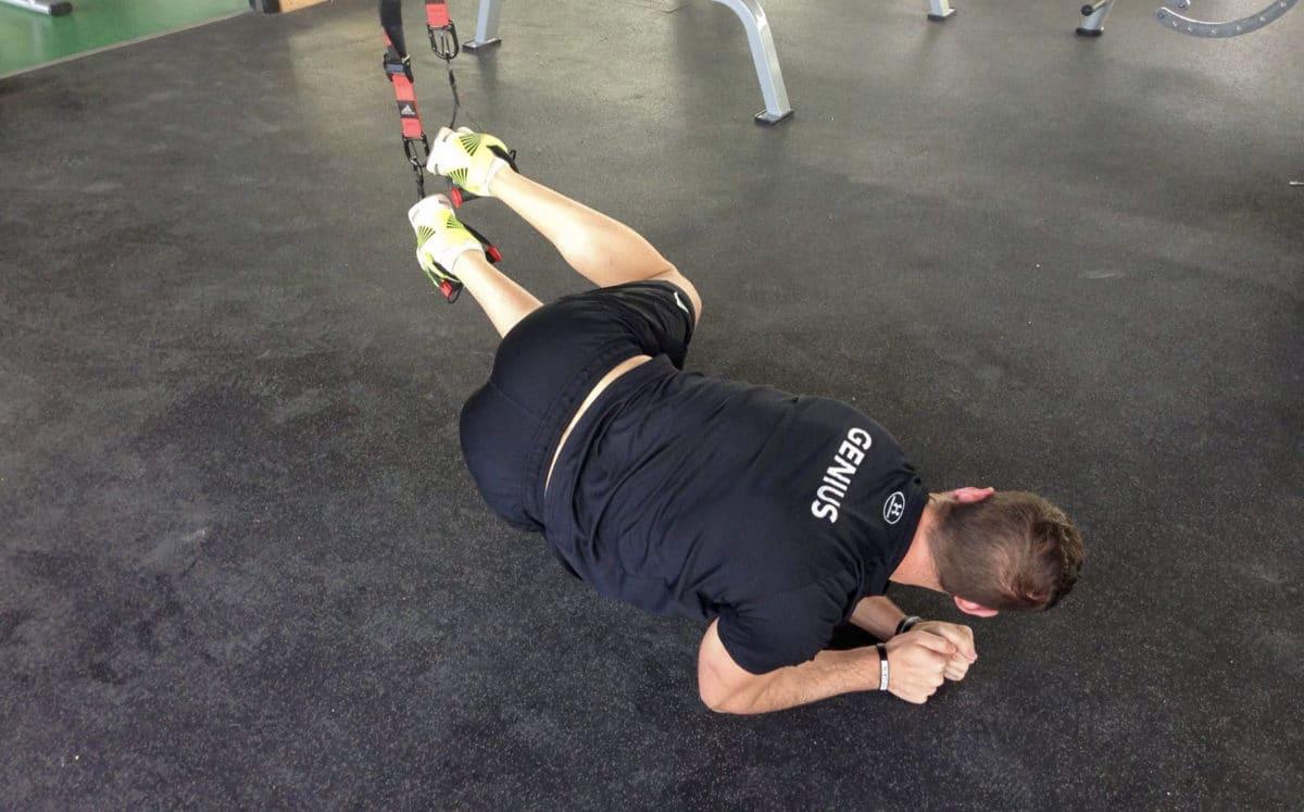 4 Ejercicios para entrenar tu Core con TRX
