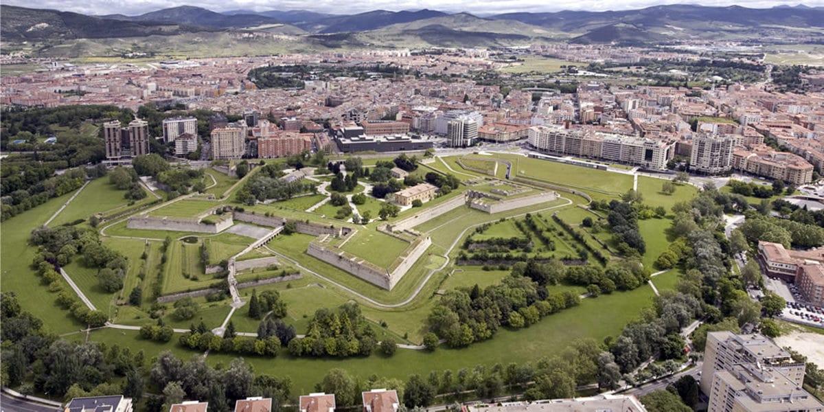 Altafit Pamplona, conozcamos un poco mejor la nueva ciudad altafitera.