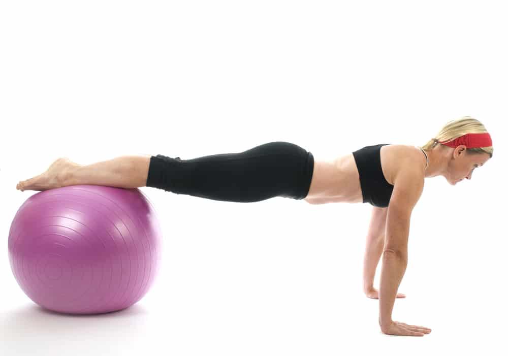 5 ejercicios para abdominal con fitball