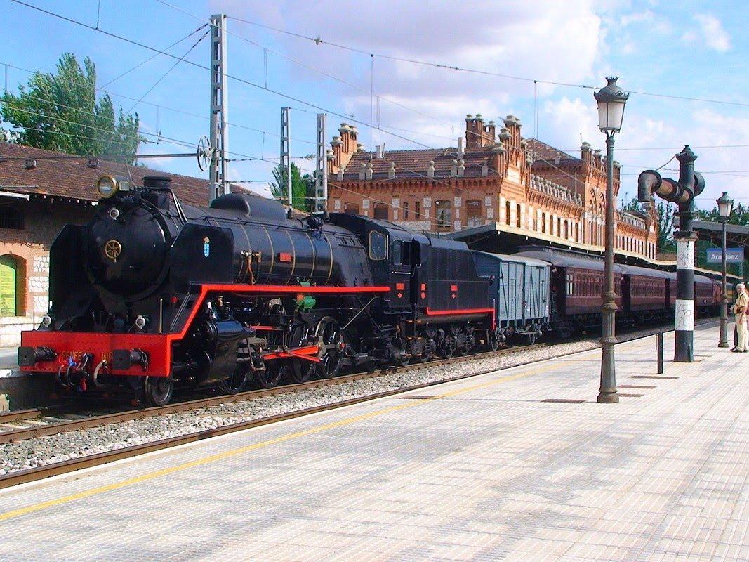 7 excursiones en tren para hacer este otoño.