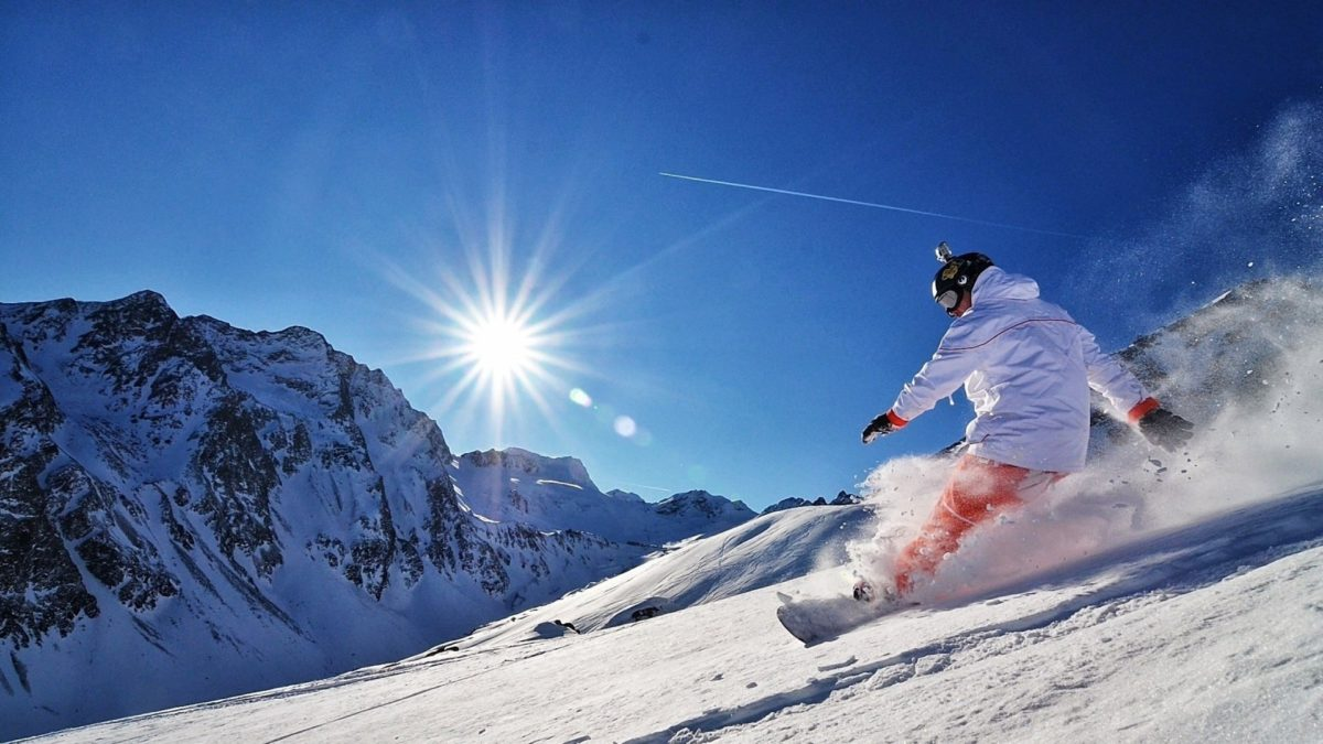 Deportes para practicar en la nieve, más allá del esquí.