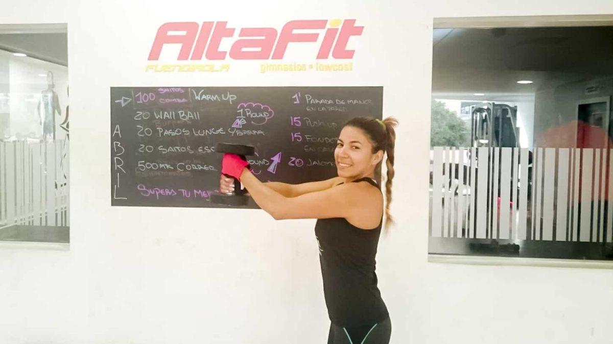 Mujer y entrenamiento con pesas… ¿son incompatibles?