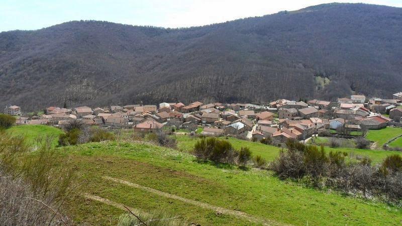 Senderismo por Brañosera, el pueblo más antiguo de España