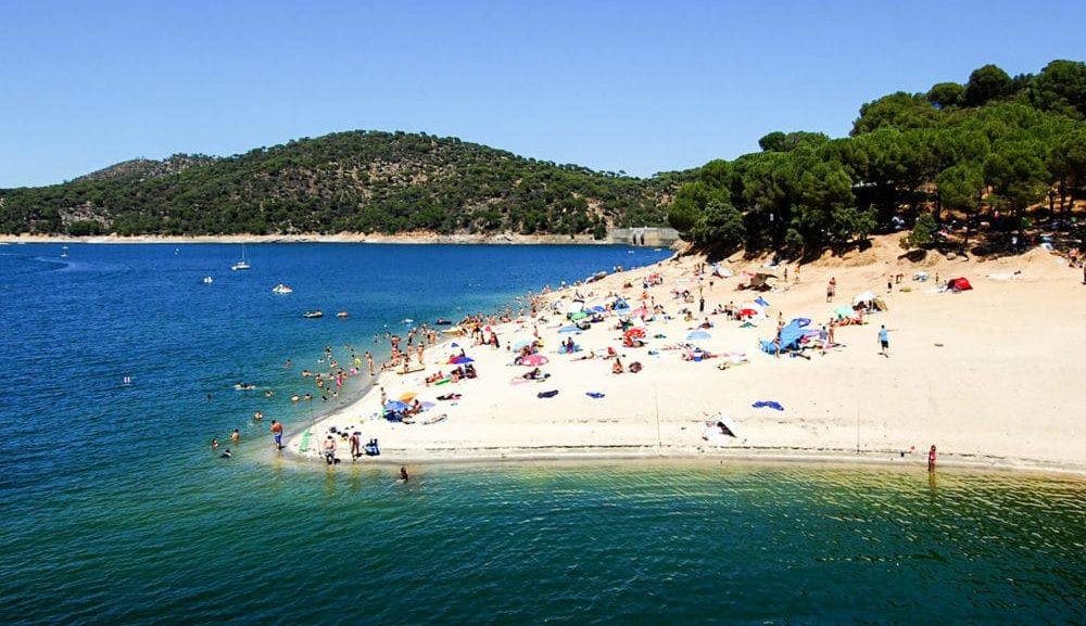 Atención: Madrid tiene playa, y con bandera azul