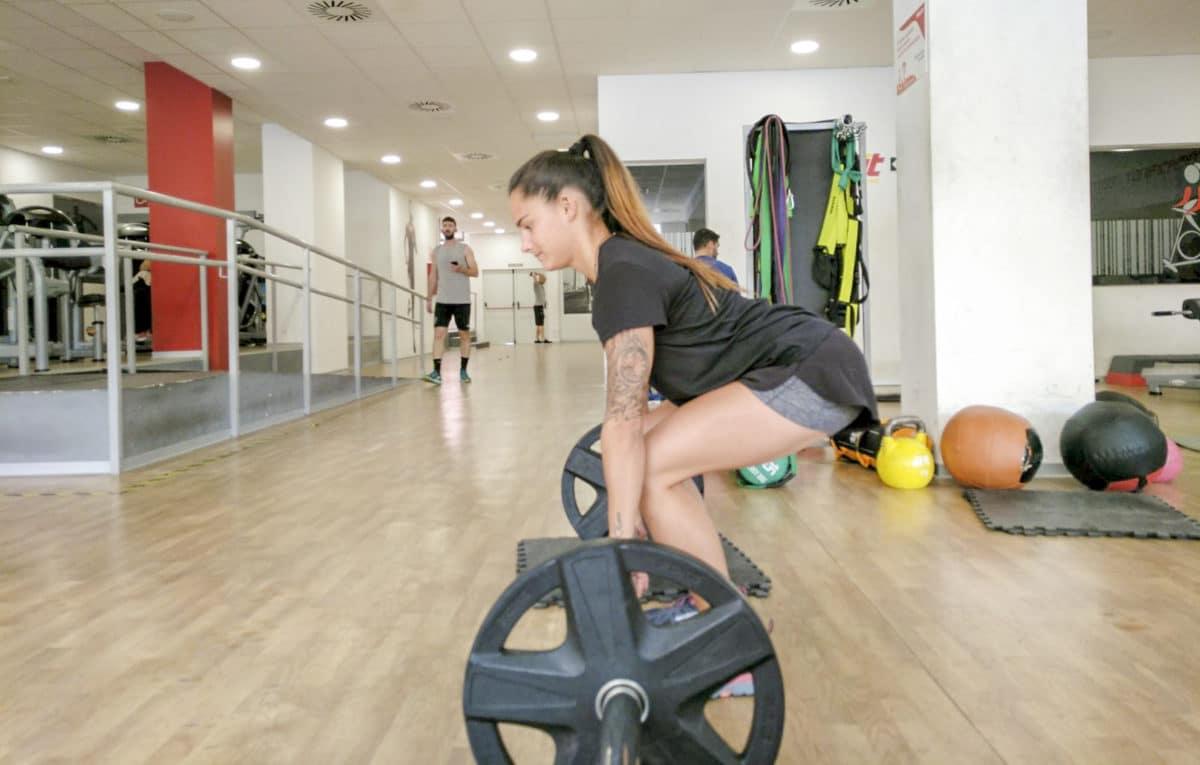 Peso muerto, beneficios y técnica para evitar lesiones